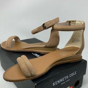 Kenneth Cole Jenna Sandals - Size 6
